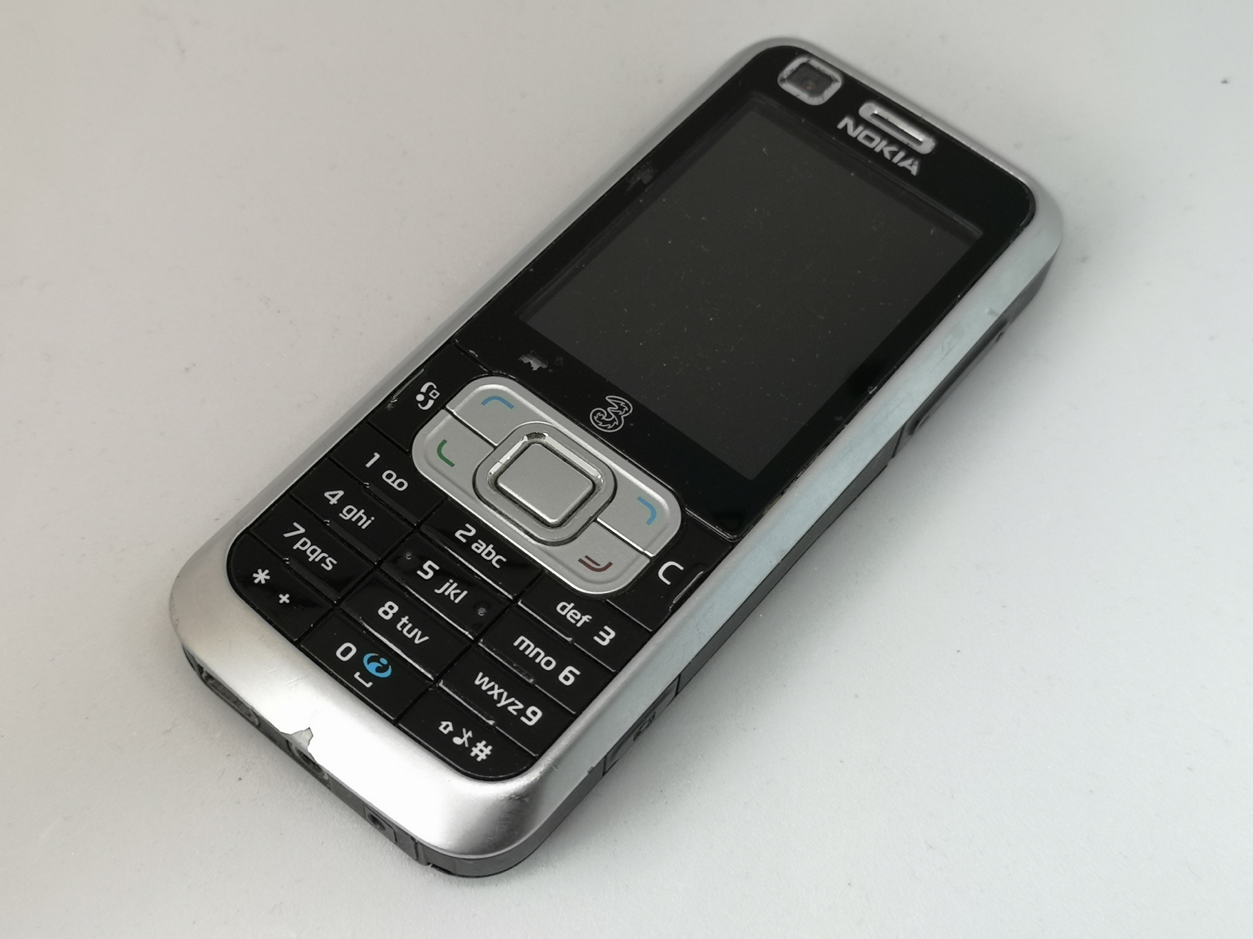 Nokia 6120 Review - Full Featured Smartphone