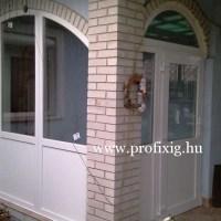 Teraszbeépítés íves fix ablakkal
