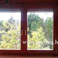 Borovi fenyő ablak