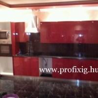 Modern piros színű konyhabútor
