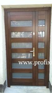 Kültéri fa bejárati ajtó