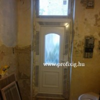Műanyag bejárati ajtó csere Budapesten
