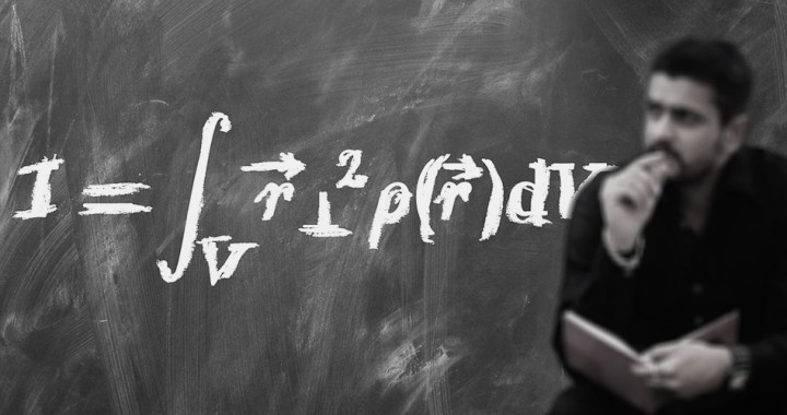 Difference between theoretical physics and experimental physics