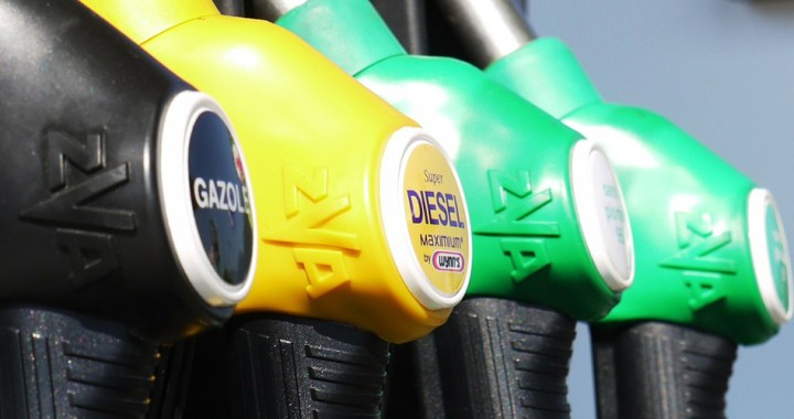 Difference between diesel engine and gasoline engine