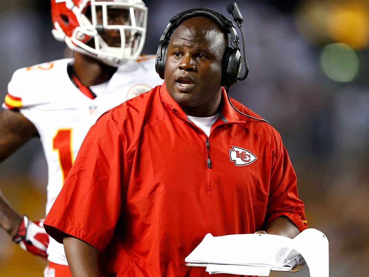 Eric Bieniemy is early frontrunner for Washington Redskins head coach job