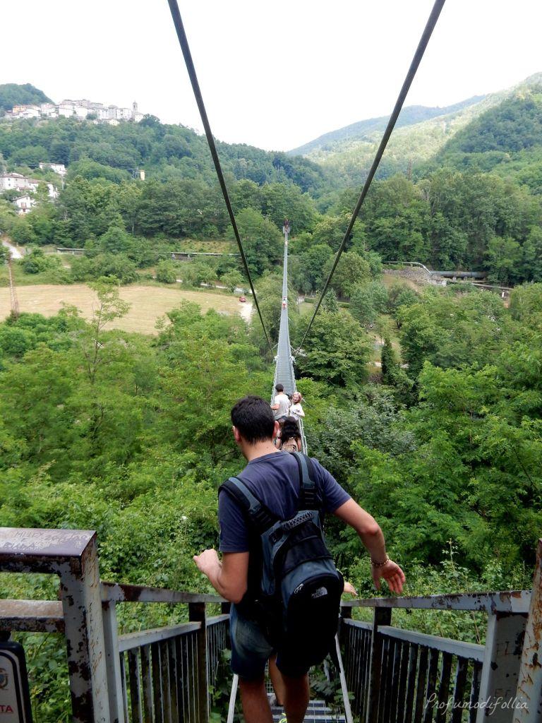 Cosa vedere nella Montagna Pistoiese: il ponte sospeso delle ferriere