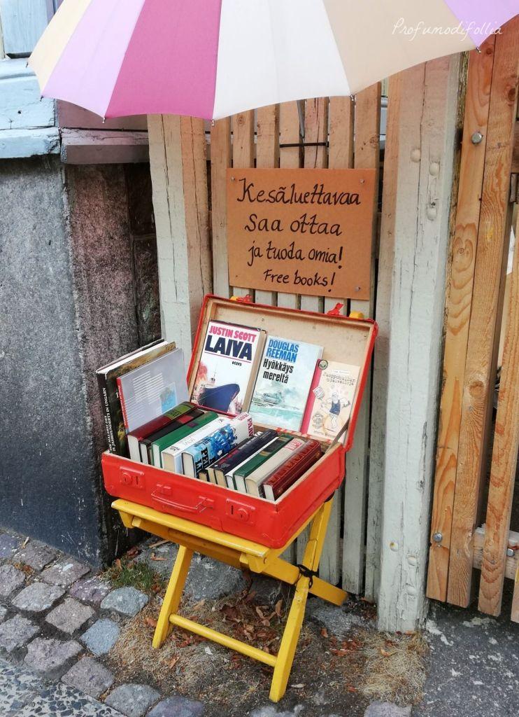 La cassettina dei libri a Vallila