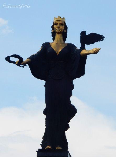 Sofia statua di Sofia