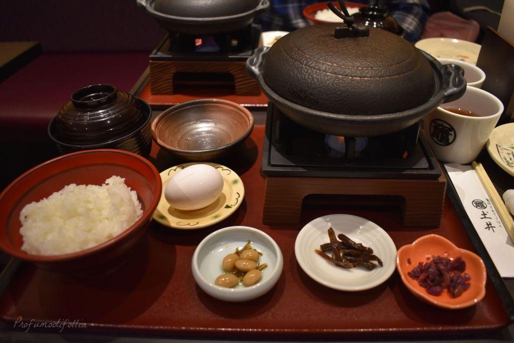 Visita ad Arashiyama: cena a base di sukiyaki con pentola che cuoce sul fuoco