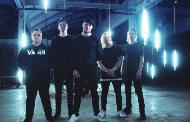 "RISING INSANE Release THE WEEKND Cover ""Blinding Lights"""