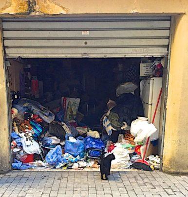 disturbo d'accumulo, garage aperto© Grazia Galli