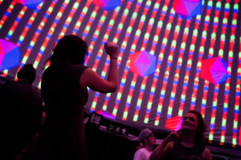 BEAUTIFUL BIG PROJECTIONS IMMERSIVE INSTALLATIONS 3D EXPERIENCES