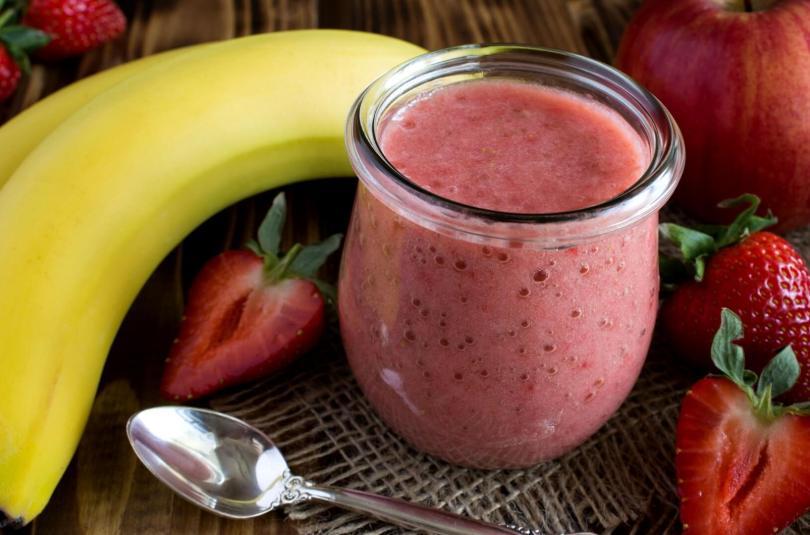 Compote de pomme banane fraises