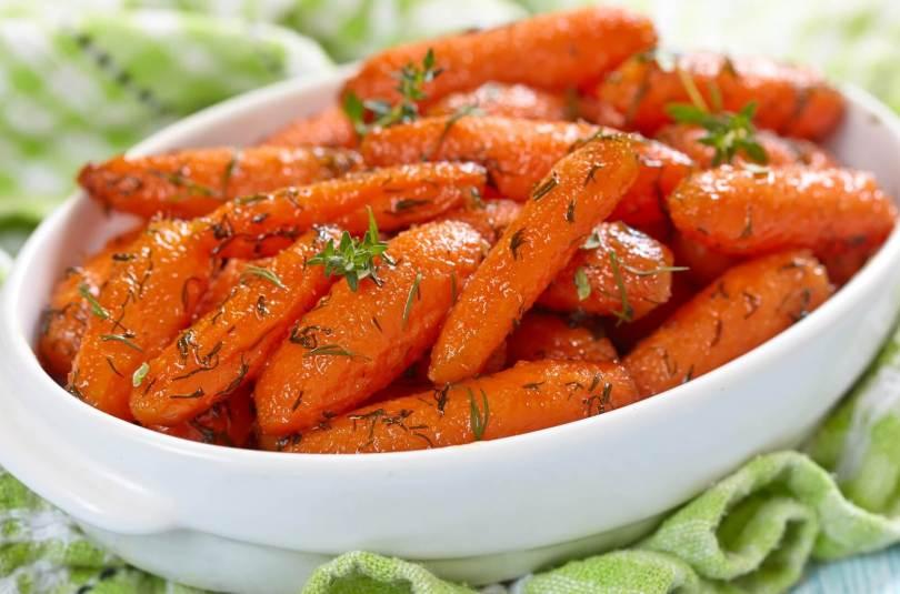 Patate douce et carotte sautées au gingembre