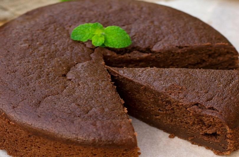 Gâteau fondant au chocolat, avec batteur, dès 1 an