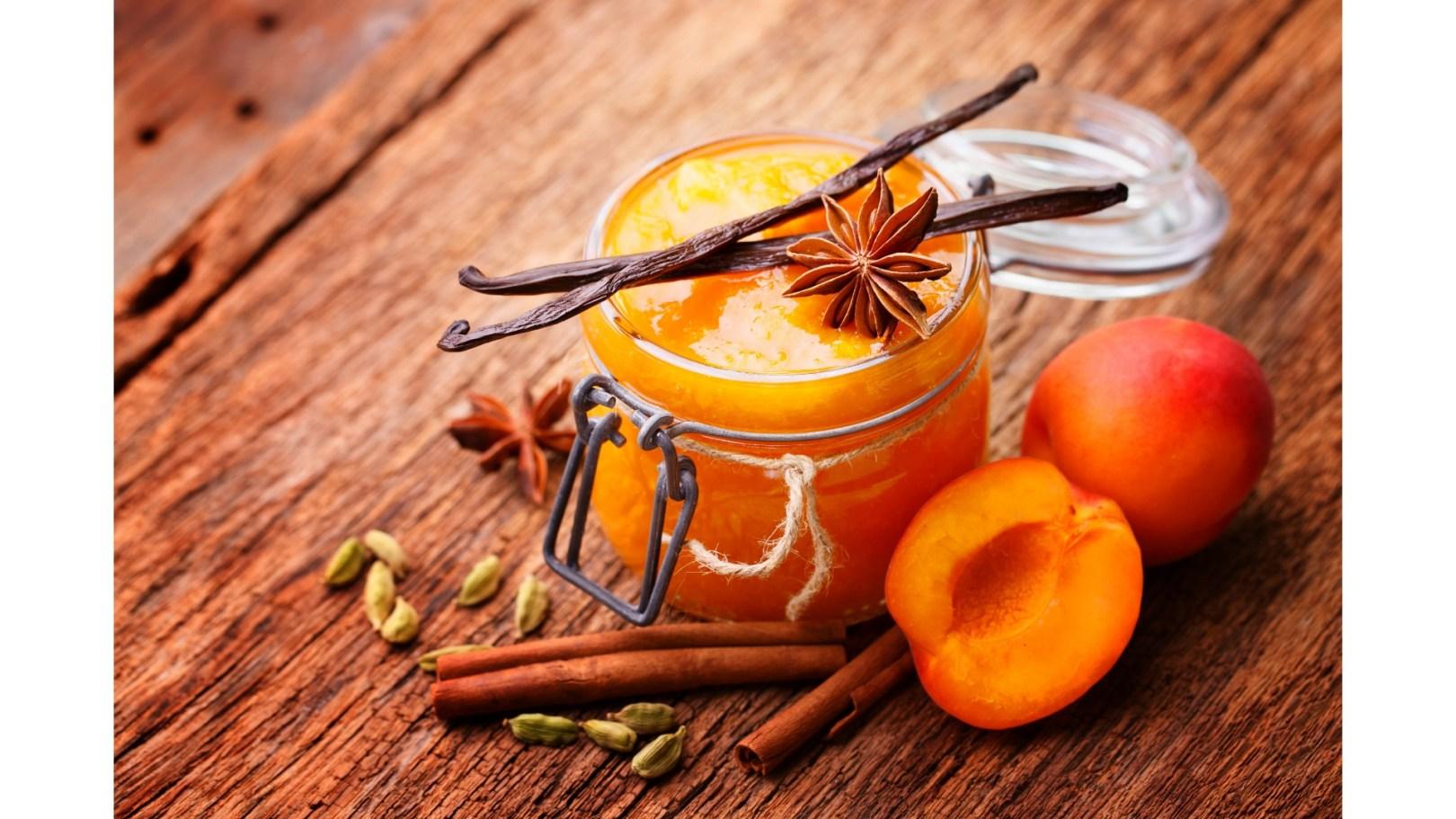 Compote de pêche abricot vanille pour bébé