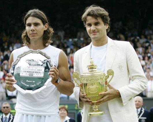En 2006 à Wimbledon, Federer bat Rafael Nadal 6/0 7/6 6/7 6/3
