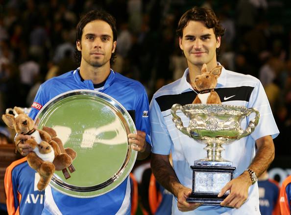 En 2007 à l'Open d'Australie, Federer bat Fernando Gonzalez 7/6 6/4 6/4