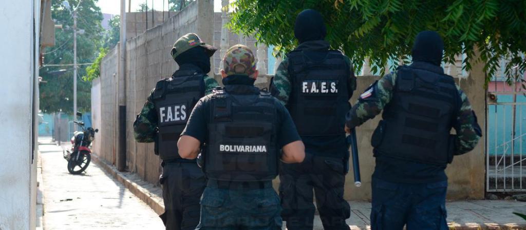 policías Lara