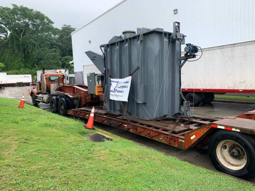 Transformer on low-bed trailer WLP Panama