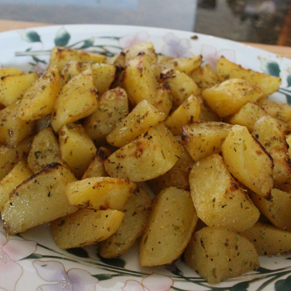 Healthy Greek-Style Potatoes