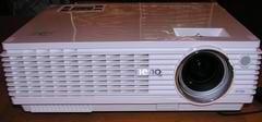 Обзор цифрового проектора для домашнего кинотеатра BenQ W100 начального уровня