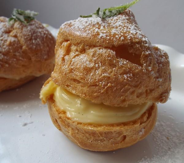 Lemon-Cream Filled Cream Puffs