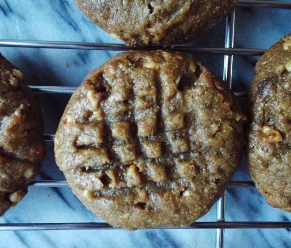 Three Ingredient Peanut Butter Cookie