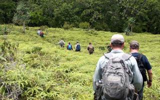 hiking in palau with bentprop.org