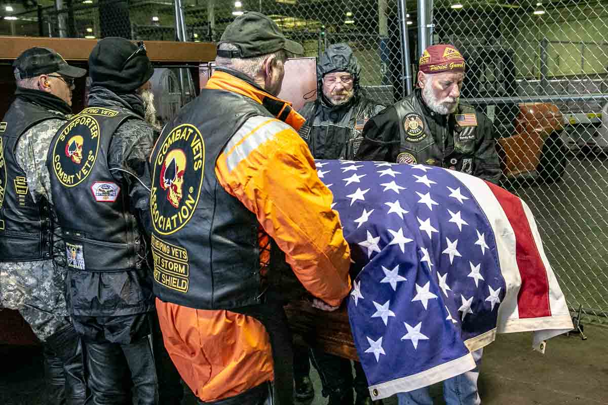 Patriot Guard Riders Carry Mintus