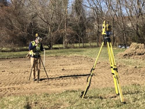 Surveying the flood elevation