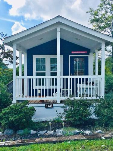 Bohemian Dream... See Inside the Tardis Tiny House – Project Small House
