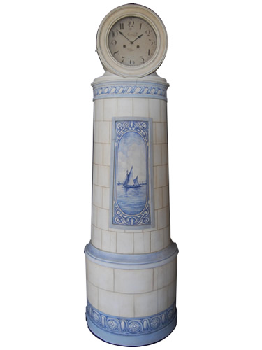 Danish hybrid Mora Clock/ Kakelugn with Delft scene