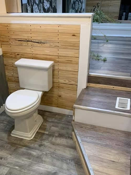 Three steps down to the bath room