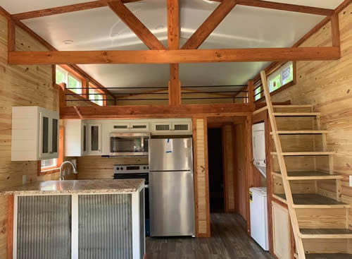 Kitchen, Washer and Dryer, Stairs and Loft