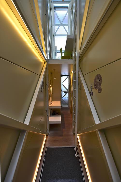 Keret Narrow House