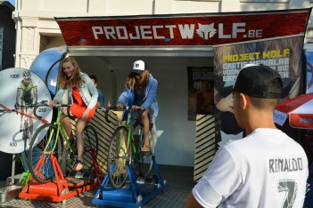 Project Wolf koersfietsen op Vis-Pop (Foto: Bart Teunis)