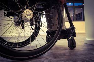 Barrierefreiheit ist uns wichtig: Mit dem Rollstuhl haben wir die Räume im #projektraum42 getestet.