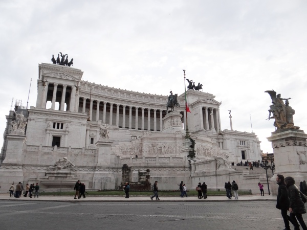O controverso Monumento Vittorio Emanuele