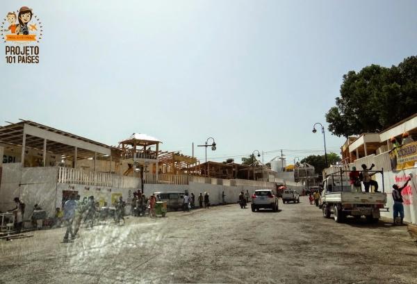 """Preparação da """"Sapucaí"""" haitiana. Pena não podermos ficar para assistir ao desfile."""