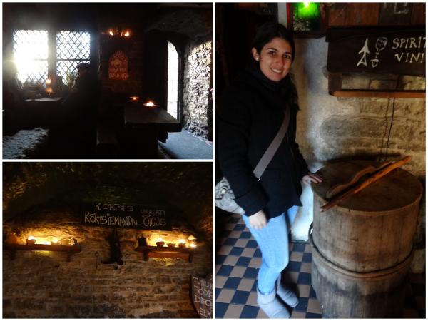 Ambiente medieval iluminado por velas