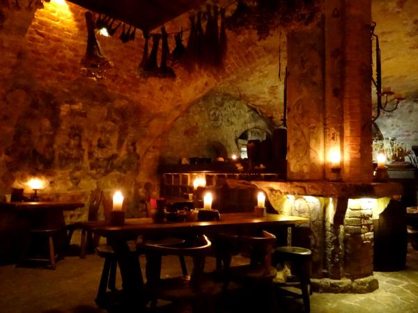 Ruzengrals Restaurante Medieval Riga