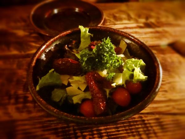 Salada Ruzengrals Restaurante Medieval