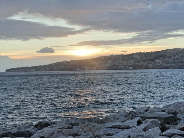 Por do sol em Nápoles