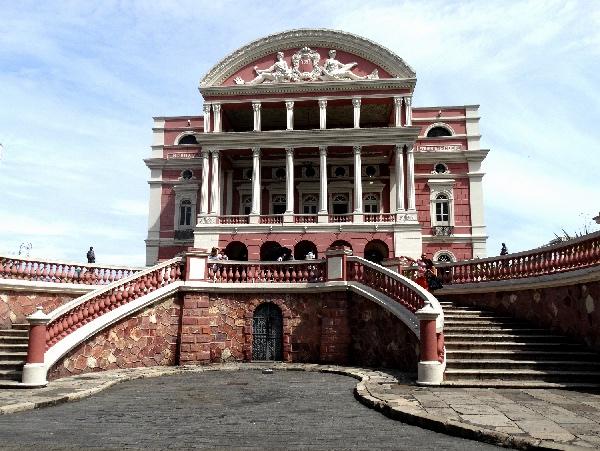Fachada do Teatro Amazonas