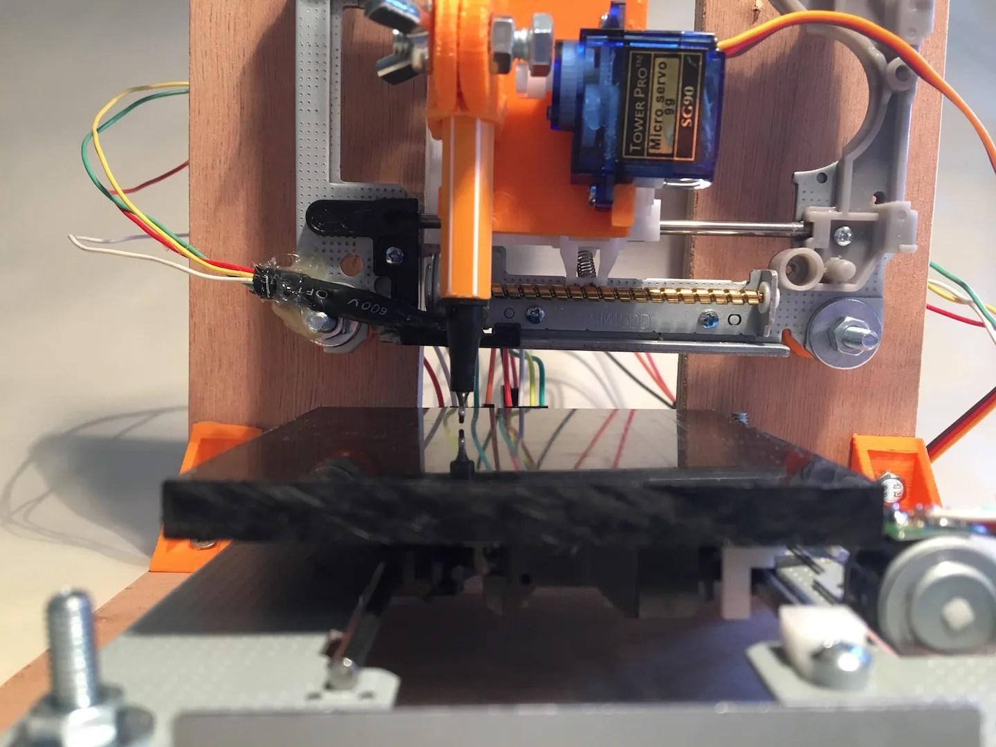 Make a mini cnc plotter with old dvd players arduino and l d