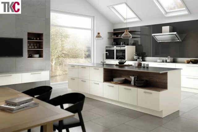 Vivo Porcelain Kitchen