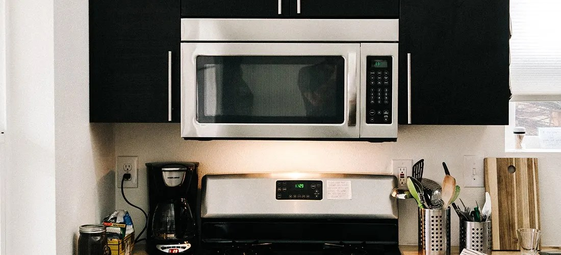 how to clean a microwave in 7 easy steps