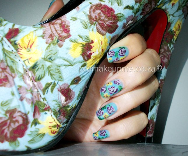 Shoes-flower-pattern-04