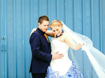 Helga Wedding MakeUp Couple Veil